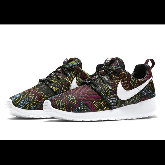 premium selection 6622a 8b135 Black History Month Roshe One women s. M 5b6666a4d365beab4beec36d